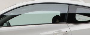 Imagem de um carro com Insulfilm para pagina de Insulfilm da Hot Tape Vitória ES